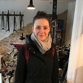 Svea in einem Radcafé